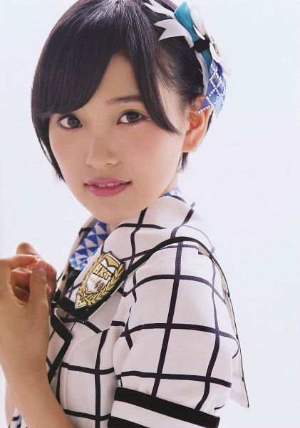 Tags: J-Pop, HKT48, AKB48, Kodama Haruka, Checkered, Bow, Black Eyes, Hair Ornament, Hair Bow, Light Background, Checkered Jacket, White Jacket