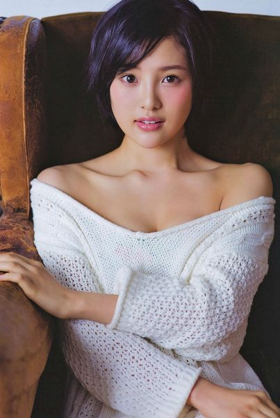 Tags: J-Pop, AKB48, HKT48, Kodama Haruka, Sitting On Chair, Bare Shoulders, Chair, Sweater, Collarbone, Android/iPhone Wallpaper