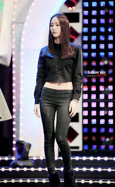 Tags: K-Pop, f(x), Krystal Jung, Boots, Black Pants, High Heeled Boots, Looking Away, Black Footwear, High Heels, Bracelet, Midriff, Follow My Heart