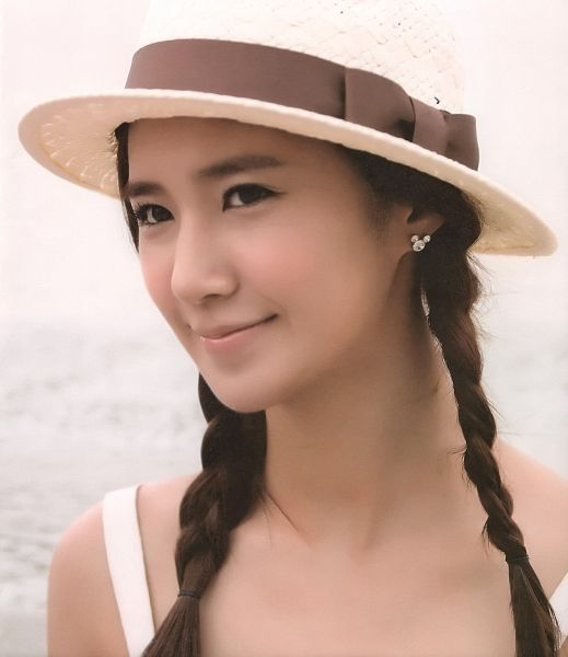 Tags: K-Pop, Girls' Generation, Kwon Yuri, Twin Braids, Hat, Looking Away, Sleeveless, Twin Tails
