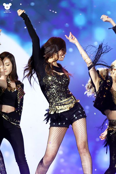 Tags: K-Pop, Girls' Generation, Dancing Queen, Kwon Yuri, Jessica Jung, Midriff, Pantyhose, Fishnets, Arms Up, Black Pants, Shorts, Blue Background