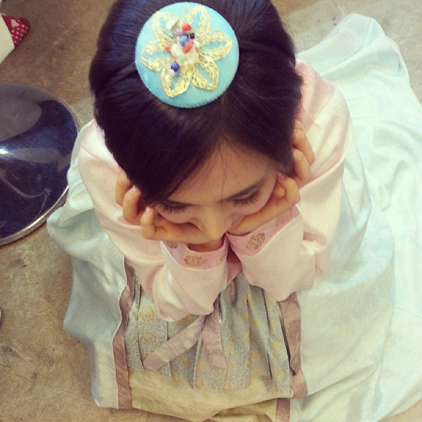 Tags: K-Pop, Girls' Generation, Kwon Yuri, Traditional Clothes, Full Body, Hanbok, Eyes Closed, Hair Ornament, From Above, Chin In Hand, Skirt, Blue Skirt