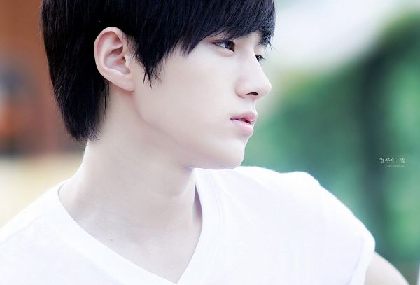 Tags: K-Pop, Infinite, L, Outdoors, Fansite Request