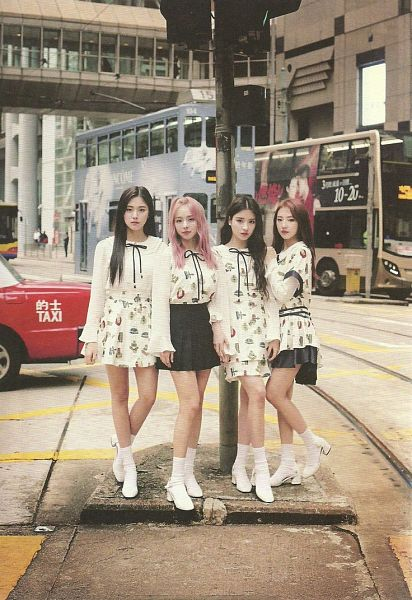 Tags: K-Pop, LOOΠΔ, Jeon Heejin, Vivi (LOOΠΔ), Jo Haseul, Kim Hyunjin, Red Hair, Pink Hair, Skirt, Black Skirt, Serious, Quartet