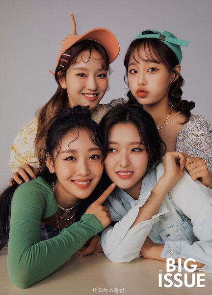 Tags: K-Pop, LOOΠΔ, Chuu, Yves, Olivia Hye, Go Won, Magazine Cover