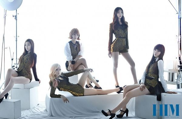 Tags: K-Pop, Ladies Code, Zuny, RiSe, Lee So-jung, Ashley, EunB, Black Footwear, Matching Outfit, Yellow Dress, Group, Five Girls