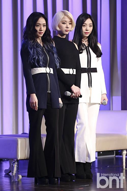 Tags: K-Pop, Ladies Code, Ashley, Zuny, Lee So-jung, Trio, Full Group, Three Girls