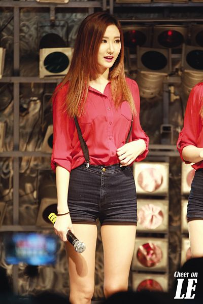 Tags: K-Pop, EXID, Le, Suspenders, Heart Gesture, Red Shirt, Shorts, Android/iPhone Wallpaper, Live Performance