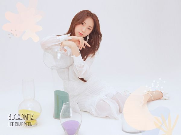 Tags: K-Pop, IZ*ONE, Lee Chaeyeon, Light Background, White Background, Full Body, White Dress, White Outfit