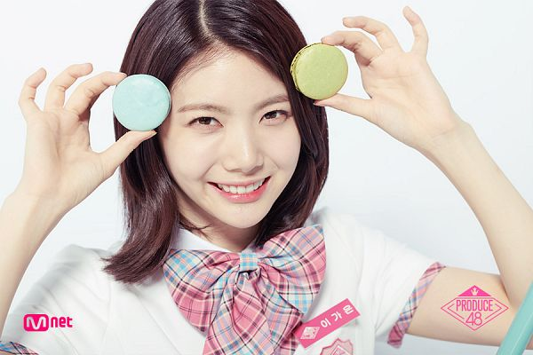 Tags: K-Pop, Television Show, After School, Lee Gaeun, Close Up, Text: Series Name, Checkered Bow, Light Background, Macaron, Short Sleeves, Sweets, White Background