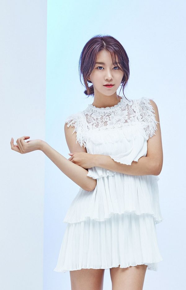 Tags: Momoland, Lee Hyebin, Blue Background, White Outfit, Bare Legs, Hair Up, Hand On Arm, White Dress, Gray Background, Android/iPhone Wallpaper