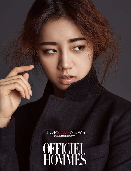 Tags: Girls' Day, Lee Hyeri, Black Jacket, Looking Away, Gray Background, Android/iPhone Wallpaper