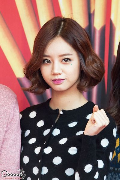 Tags: K-Pop, Girls' Day, Lee Hyeri, Cute, Black Outfit, Black Dress
