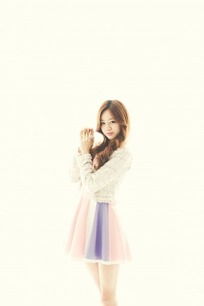 Tags: K-Pop, Girls' Day, Lee Hyeri, White Jacket, Clasped Hands, Bare Legs, Yellow Background, White Outerwear, Striped Dress, Ring, Striped, Android/iPhone Wallpaper