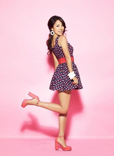 Tags: K-Pop, Lee Hyori, High Heels