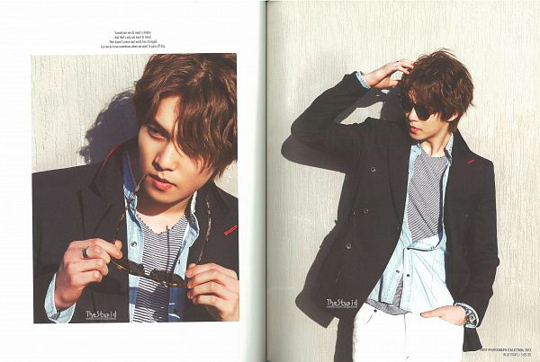 Tags: K-Pop, CNBLUE, Lee Jong-hyun, Hand In Pocket, Black Jacket, Ring, Blue Shirt, White Border, Hand In Hair, Glasses, Frame, Light Background