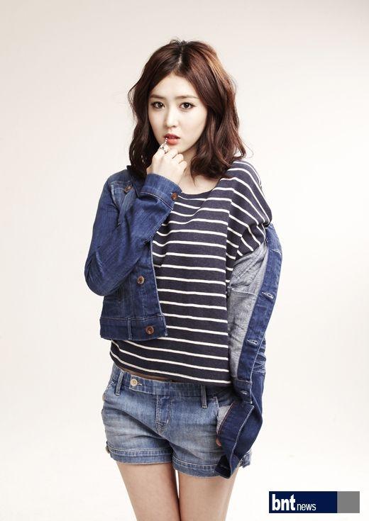 Tags: K-Drama, Lee Seul-bi, Jeans, Striped Shirt, Blue Outerwear, Blue Shorts, Light Background, Striped, White Background, Denim Shorts, Blue Jacket, Shorts