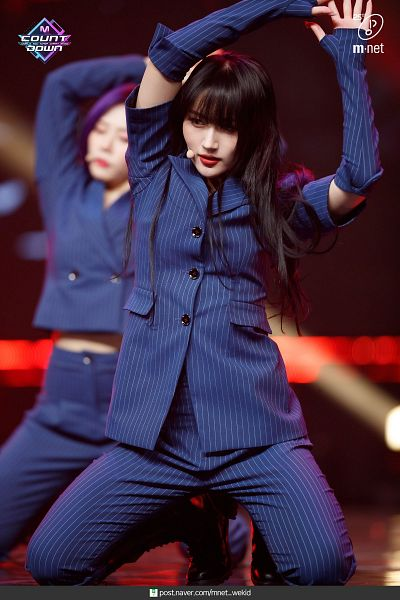 Tags: K-Pop, Dreamcatcher, Lee Siyeon