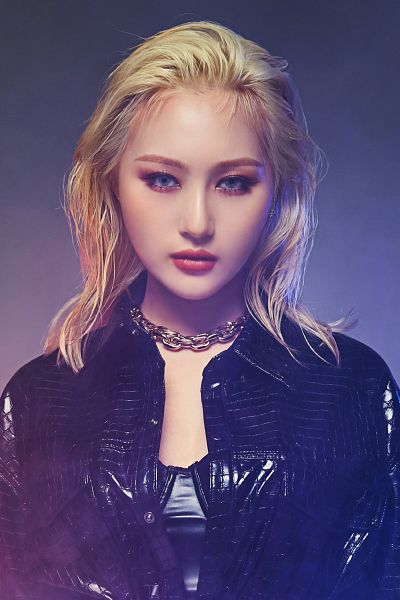 Tags: K-Pop, Dreamcatcher, No More, Lee Siyeon, Necklace, Dark Background, Leather Jacket, Leather Shirt, Red Lips, Black Background, Gray Eyes