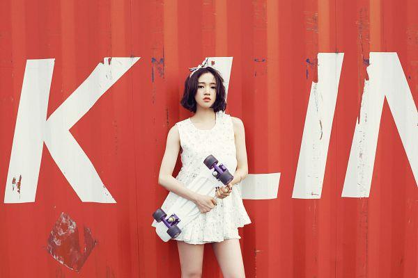Tags: K-Pop, Ladies Code, Kiss Kiss, Lee So-jung, White Dress, Medium Hair, Skateboard, White Outfit
