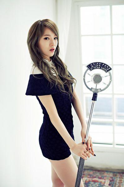 Tags: K-Pop, Ladies Code, So Wonderful, Lee So-jung, Black Outfit, Black Dress