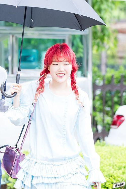 Tags: K-Pop, Akdong Musician, Lee Suhyun, Umbrella, White Outfit, Braids, White Dress, Bag, Red Hair, Purse