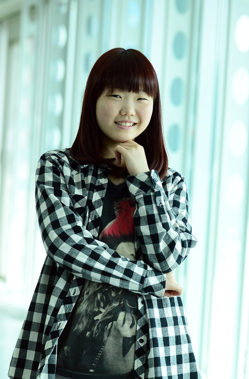 Tags: K-Pop, Akdong Musician, Lee Suhyun, Checkered Jacket, Shorts, Checkered, Leggings