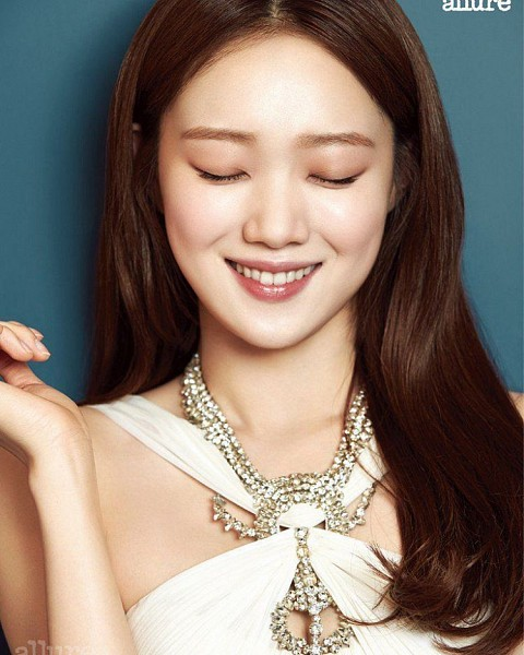 Tags: K-Drama, Lee Sung-kyung, Dress, Simple Background, Text: Magazine Name, White Dress, Blue Background, Text, White Outfit, Eyes Closed, Teeth, Magazine Scan