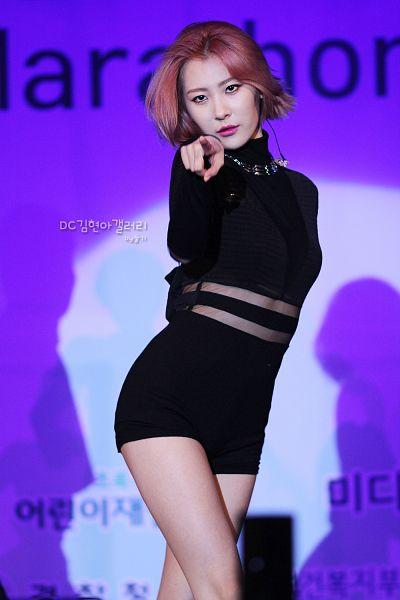 Tags: K-Pop, Lee Sunmi