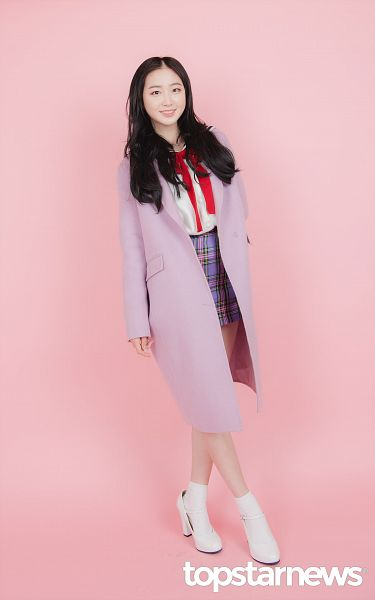 Tags: Hunus Entertainment, K-Pop, Elris, Lee Yukyung, Socks, White Footwear, English Text, Purple Outerwear, Bow Tie, Pink Background, Full Body, Checkered