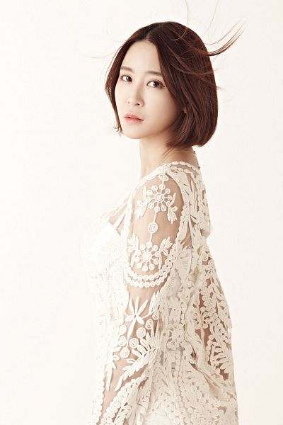 Tags: K-Pop, Nine Muses, Leesem, Light Background, Serious, Android/iPhone Wallpaper