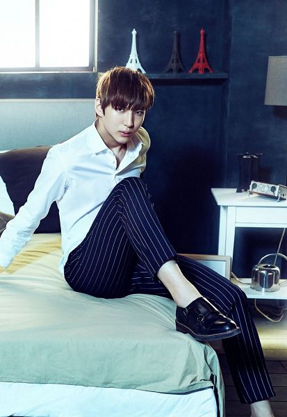 Tags: K-Pop, VIXX, Leo, On Bed, Window, Striped Pants, Blue Background, Striped, Black Footwear, Black Pants, Bed