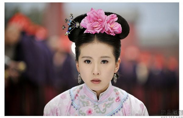 Tags: C-Drama, Liu Shishi, Looking Ahead, Traditional Clothes, Pink Flower, Flower, Hair Ornament, Chinese Clothes, Scarlet Heart