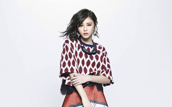 Tags: C-Pop, Popu Lady, Liu Yushan, Light Background, White Background, Wallpaper, HD Wallpaper