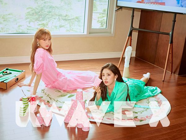 Tags: K-Pop, Lovelyz, Jung Yein, Ryu Sujeong
