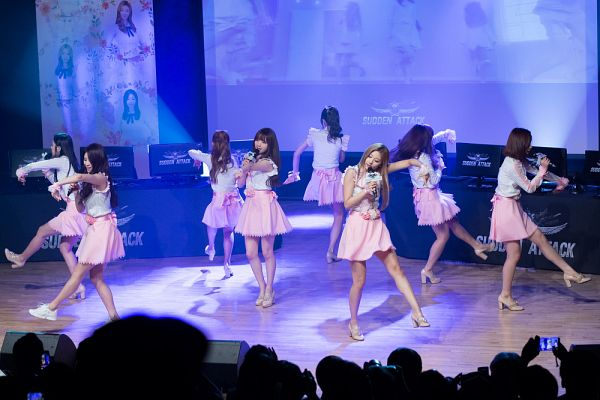 Tags: K-Pop, Lovelyz, Kei, Ryu Sujeong, Jin (Lovelyz), Jung Yein, Lee Mijoo, Seo Jisoo, Baby Soul, Yoo Jiae, Live Performance