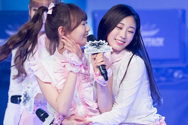 Tags: K-Pop, Lovelyz, Ryu Sujeong, Seo Jisoo, Live Performance