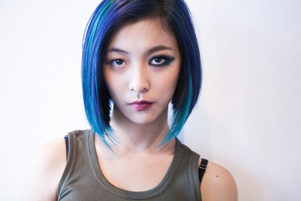 Tags: SM Town, K-Pop, f(x), Luna, Make Up, Sleeveless, Blue Hair, Sleeveless Shirt, Green Shirt, Light Background, Bare Shoulders, White Background