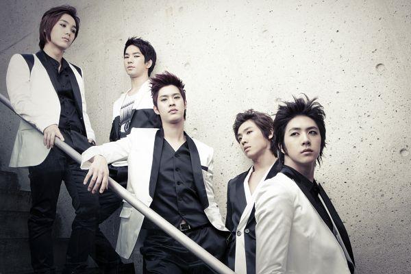 Tags: K-Pop, MBLAQ, Lee Joon, Mir, G.O, Seungho, Thunder, Full Group, Looking Away, Five Males, Belt, Quintet