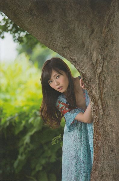 Tags: J-Pop, Nogizaka46, Mai Shiraishi, Tree, Wavy Hair, Outdoors, Blue Dress, Blue Outfit, Plant, Android/iPhone Wallpaper