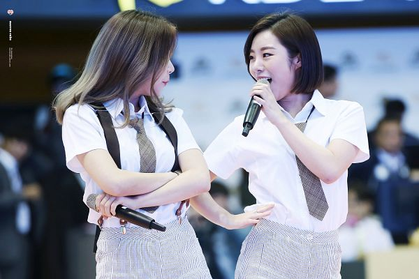 Tags: K-Pop, Mamamoo, Solar, Wheein