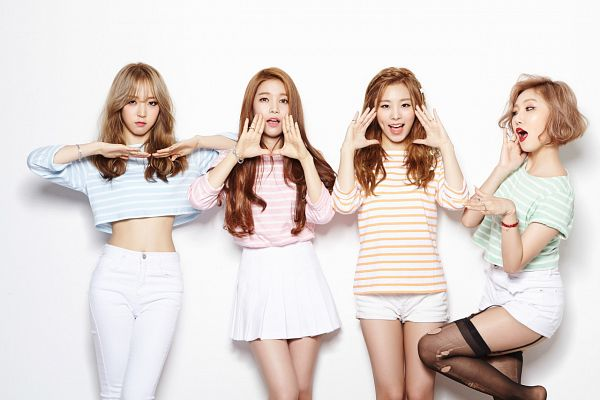 Tags: Mamamoo, Moonbyul, Solar, Hwasa, Wheein, Shorts, Striped Shirt, White Shorts, Four Girls, Black Legwear, Thigh Highs, Midriff