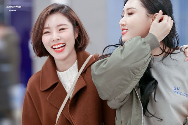 Tags: K-Pop, Mamamoo, Wheein, Hwasa