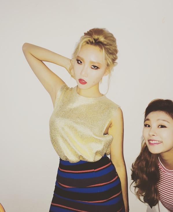 Tags: K-Pop, Mamamoo, Hwasa, Wheein, Striped Skirt, Red Shirt, Gold Shirt, Striped, Blue Skirt, Striped Shirt, Two Girls, Hand In Hair