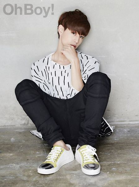 Tags: K-Pop, Got7, Mark, Gray Background, White Footwear, Text: Magazine Name, Chin In Hand, Black Pants, Sitting On Ground, Magazine Scan, Oh Boy!