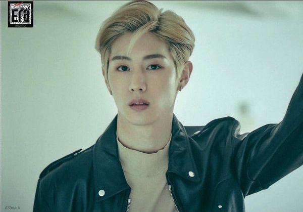 Tags: K-Pop, Got7, Mark, Turtleneck, Serious, Leather Jacket, Collar (Clothes), The New Era