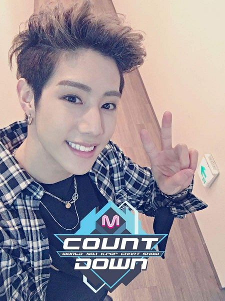 Tags: K-Pop, Television Show, Got7, Mark, Checkered, Earrings, Looking Up, Checkered Shirt, Looking Ahead, V Gesture, Necklace, Selca