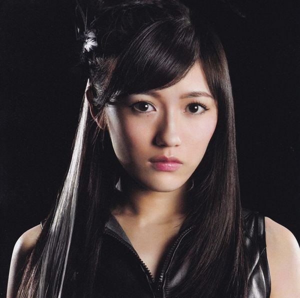 Tags: J-Pop, AKB48, Mayu Watanabe, Highlights, Black Background