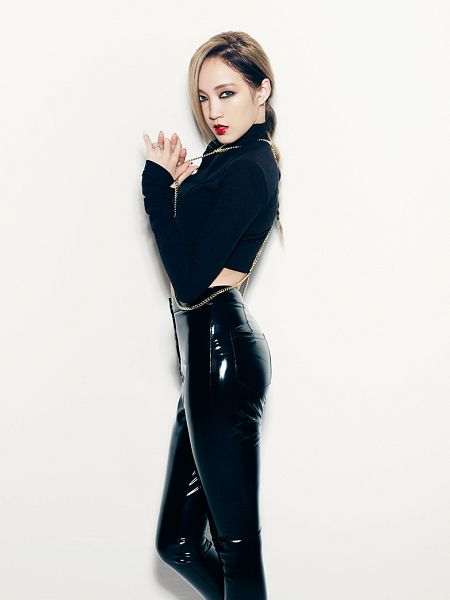 Tags: K-Pop, Miss A, Hush, Meng Jia, Light Background, Collar (Clothes), White Background, Turtleneck, Black Outfit