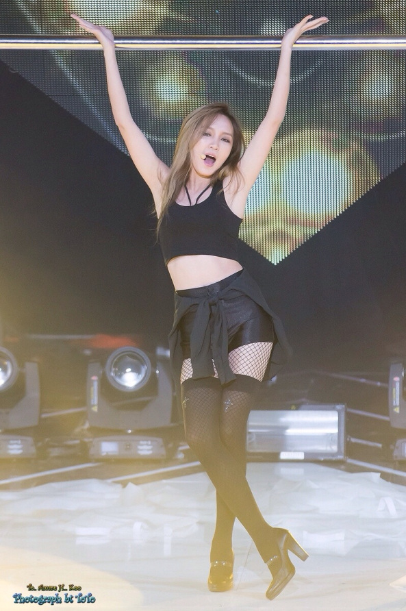 Tags: C-Pop, K-Pop, Miss A, Meng Jia, Thigh Highs, Pantyhose, Fishnets, Black Footwear, High Heels, Sleeveless Shirt, Sleeveless, Black Shorts